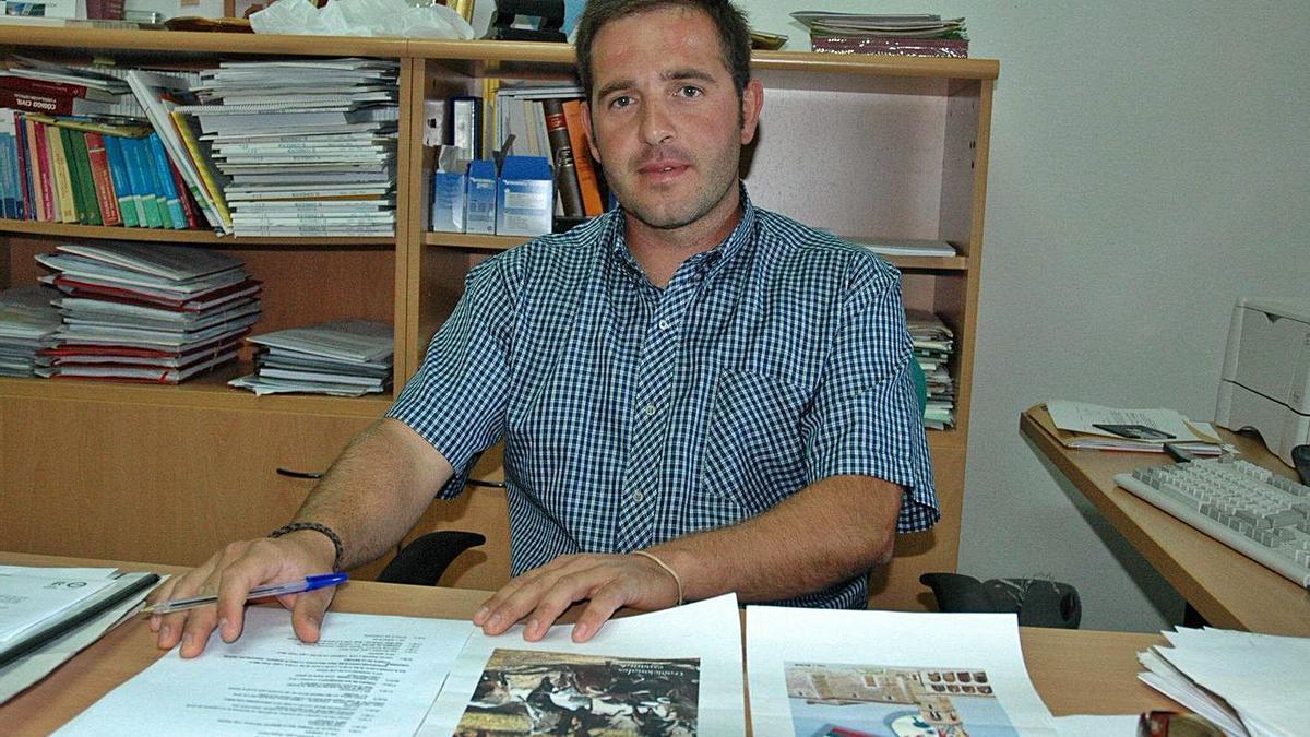 Roberto Fuentes Gervás, alcalde de Carbajales de Alba, en una imagen de archivo.   Ch. S.