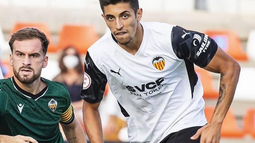 Desgranamos la primera jornada de la 3ª RFEF con Roda, Castellón B y Villarreal C como protagonistas