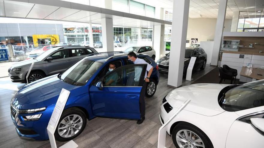 La compra de vehículos cae a niveles de hace una década