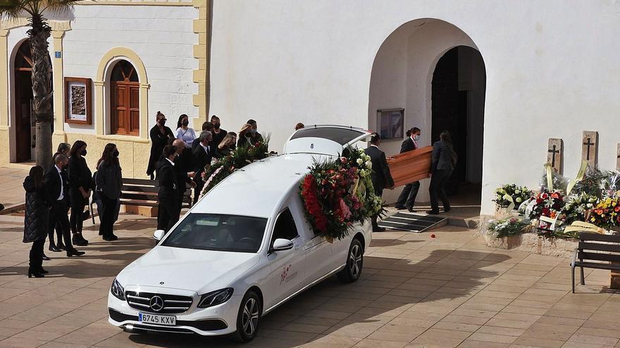 Sentido adiós en Formentera a José Costa Mayans