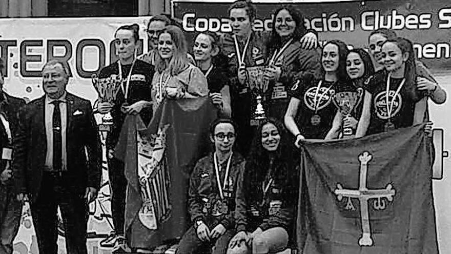 Asturias Weighlifting, con sede en Corvera, logra el bronce nacional