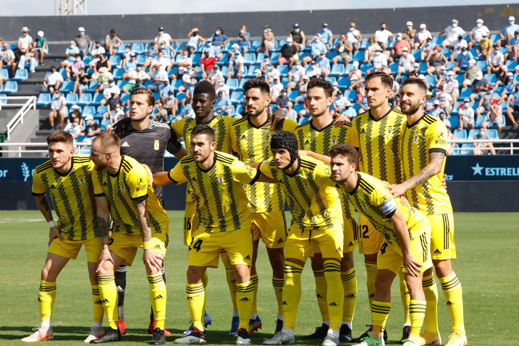El partido entre el Ibiza y el Real Oviedo, en imágenes