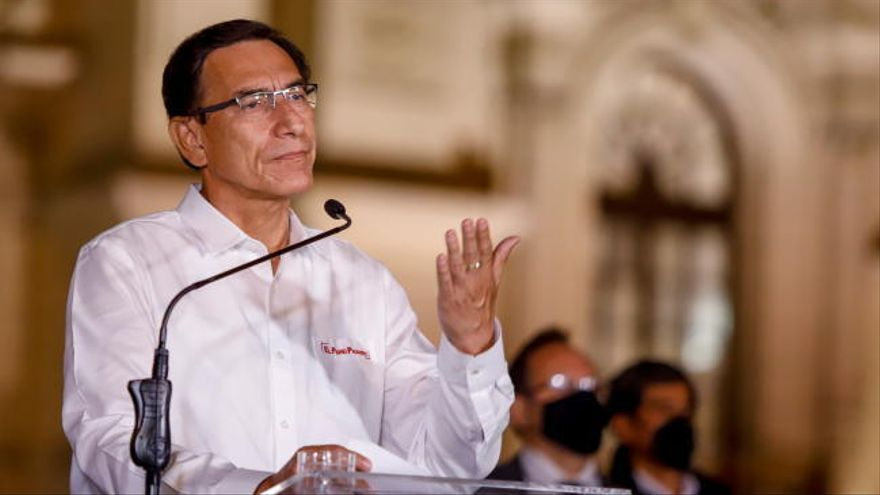 Perú aprueba la destitución del presidente Vizcarra
