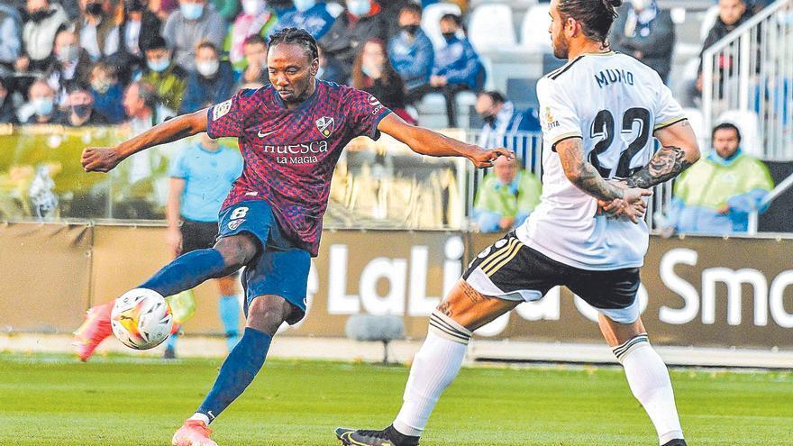 Un Huesca plano y sin ideas cae derrotado ante el Burgos (3-1)