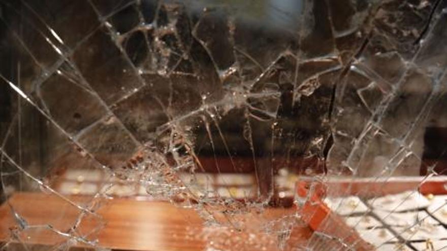 El atracador de dos joyerías de La Calzada, detenido nuevamente por asaltar una gasolinera y un supermercado