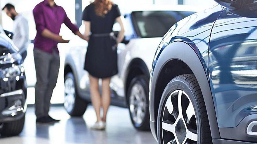 La venta de coches repunta pero aún es un 37% inferior a la era preCovid