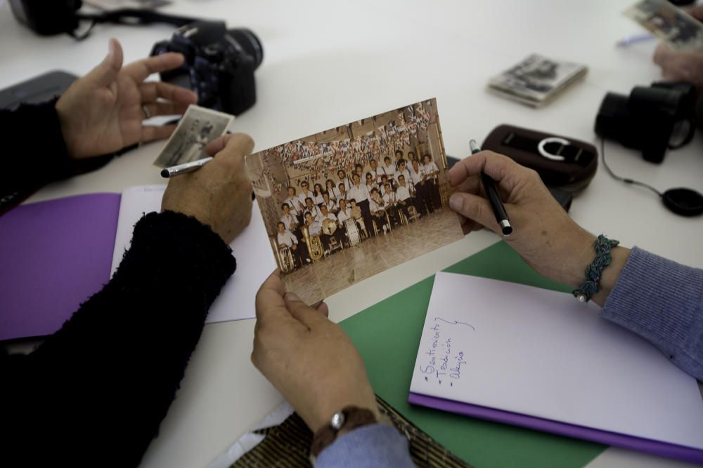 Taller de fotografía de Pilar Cortés en Benilloba