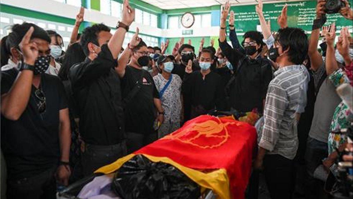 La prensa, víctima de la represión de la junta militar birmana