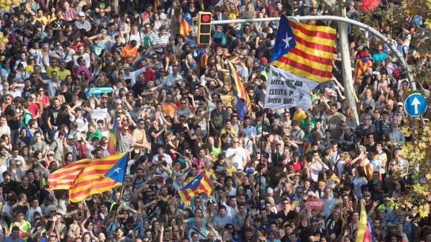 El Parlament declara la República catalana independent