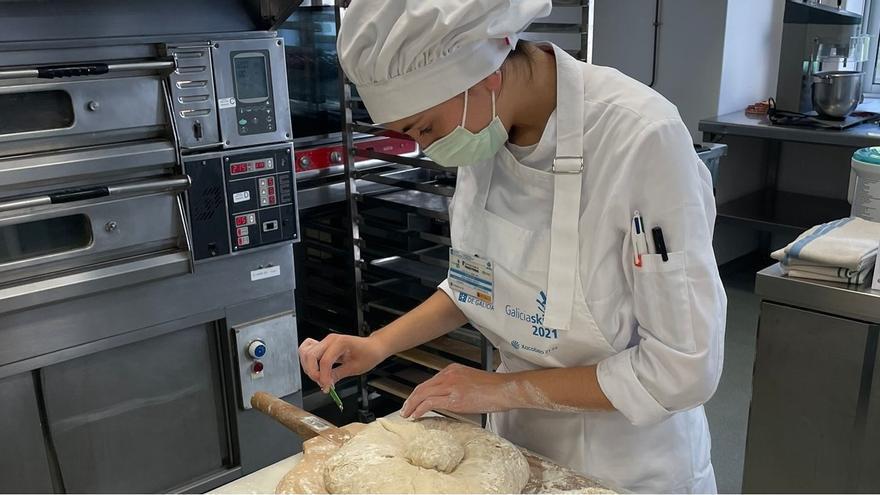 """Oro en Panadería: una joven de 18 años que combina """"precisión y creatividad"""""""