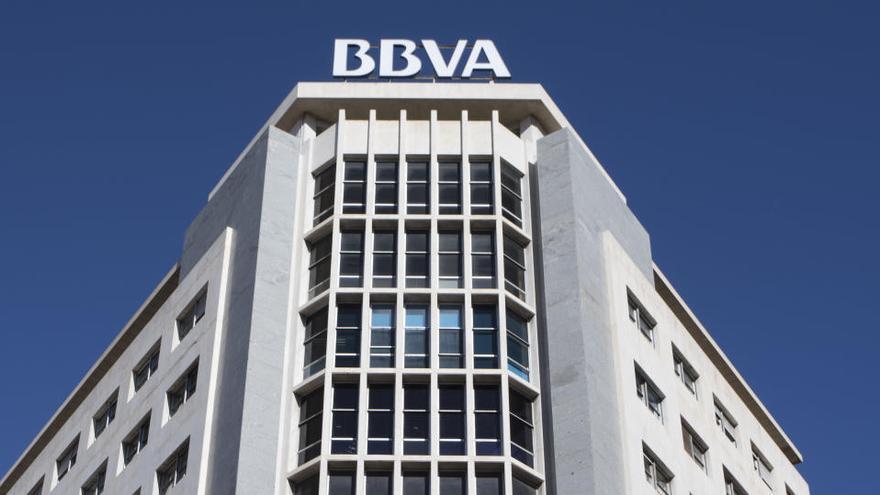 La exsecretaria de Corrochano en el BBVA dice que trabajaban con 'Cenyt'