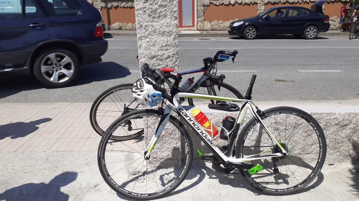 Estado de la bicicleta tras el impacto con el vehículo implicado en segundo término.