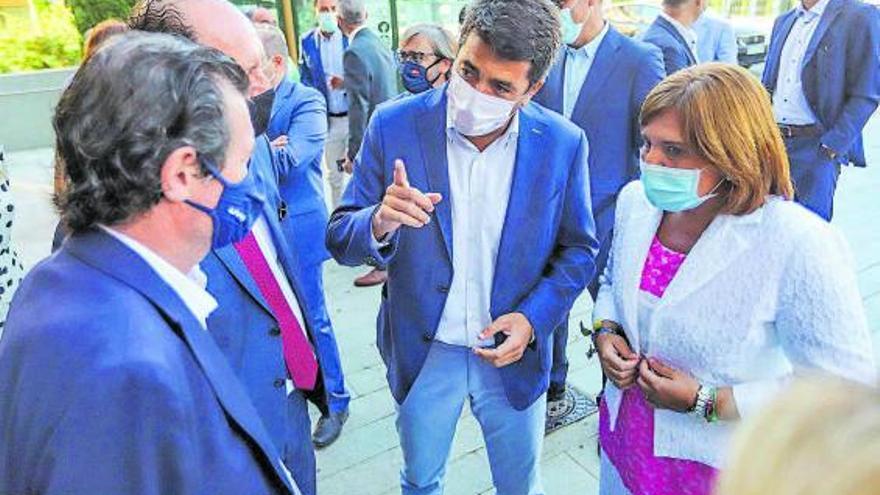 El PP se enfrenta al peor escenario posible para el congreso regional