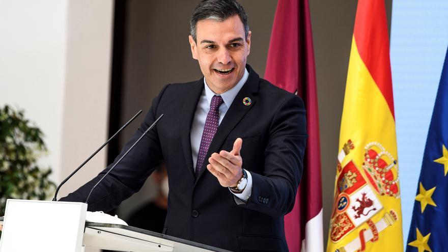 """Sánchez apuesta por situar a España """"a la cabeza de la UE"""" como país productor de energía con el hidrógeno verde"""