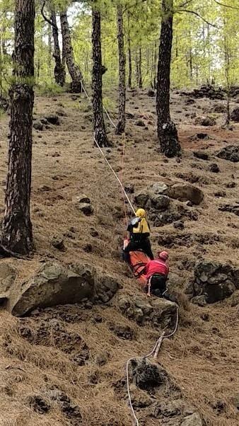 Rescate de una senderista en el El Paso