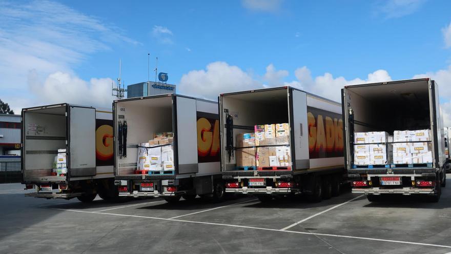 Supermercados Gadis dona 30.000 kilos de productos a 11 bancos de alimentos