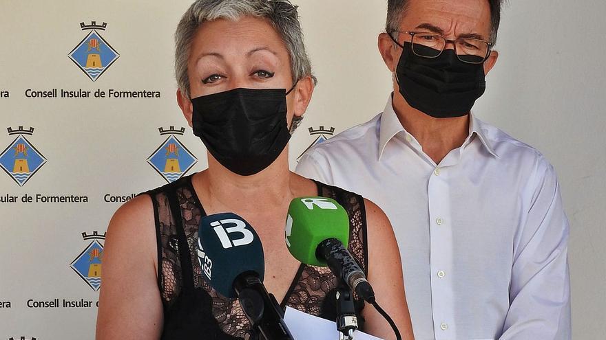 Bares y restaurantes cerrarán a la una también en Formentera