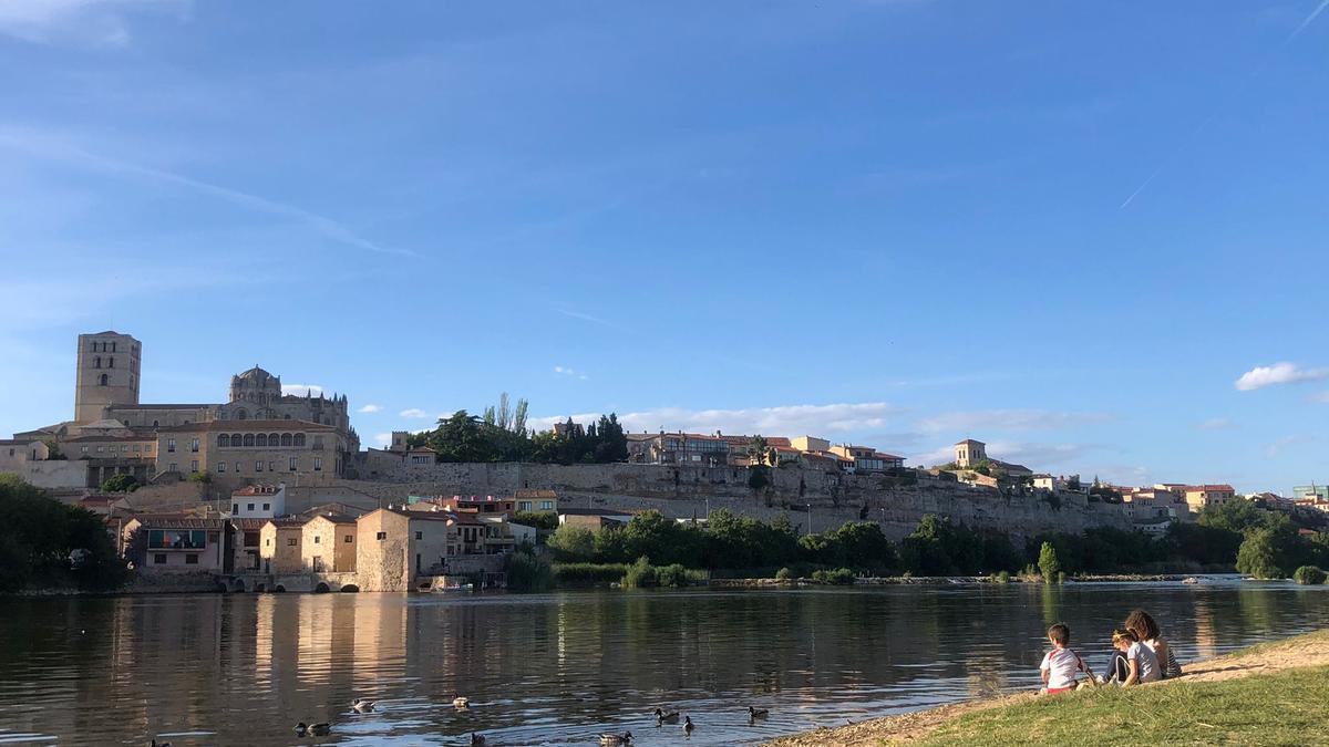 Vista de Zamora desde Los Pelambres.