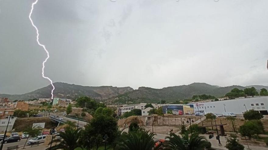 El tiempo en Alicante: la DANA se despide dejando inundaciones puntuales en la Marina Alta