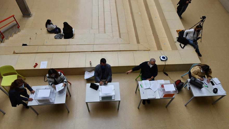 Votación presencial para la elección de Rector de la ULPGC