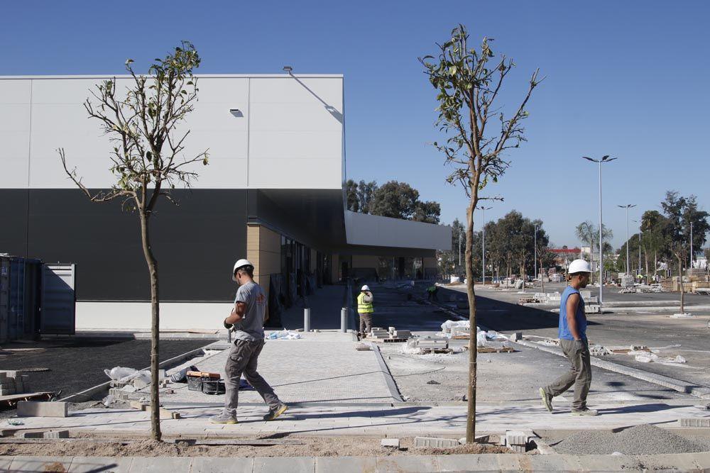 Avanzan las obras del nuevo centro comercial de la carretera de Palma