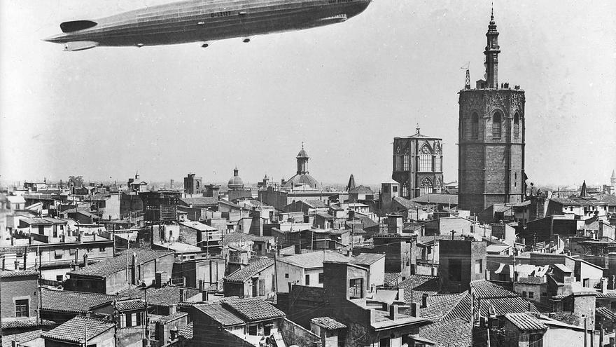 Cuando el Graf Zeppelin voló València
