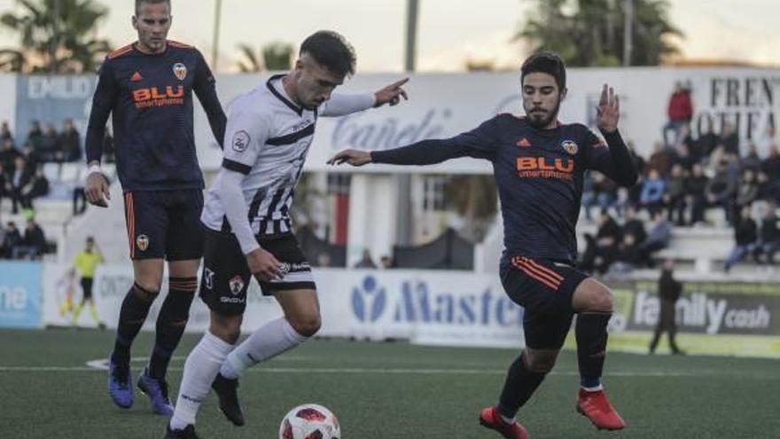 El Ontinyent CF se vacía ante un Valencia-Mestalla que merece ganar