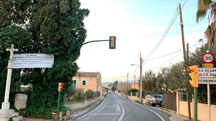 Cort propone ampliar un tramo de la carretera a su paso por Establiments
