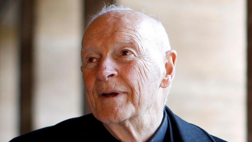 El Vaticano admite una cadena de errores en la gestión del caso McCarrick