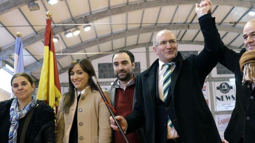 Diez alcaldes por moción de censura buscan revalidar el cargo en las urnas