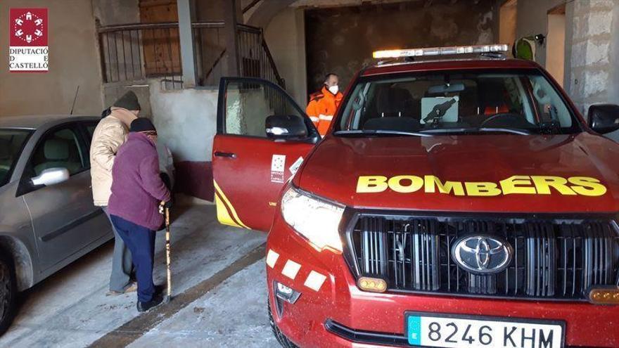El Consorcio de Bomberos acerca a pacientes de diálisis a los centros de salud de Castellón