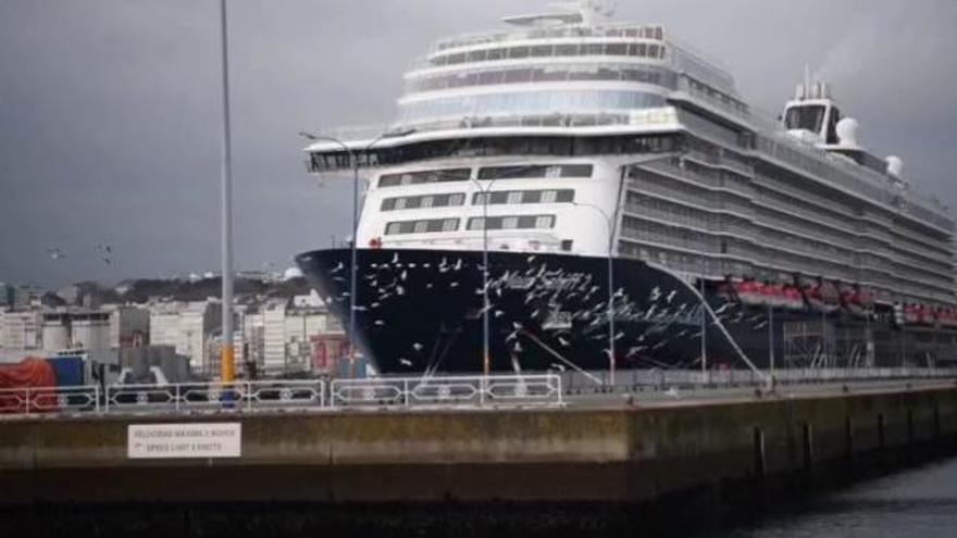 El 'Mein Schiff 2' viaja hacia Gran Canaria