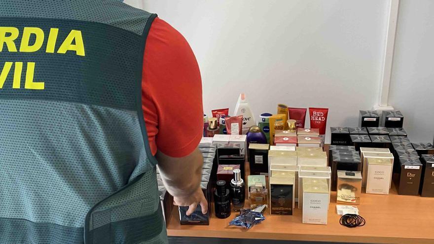 Detenida una pareja por robar en perfumerías junto a su hijo de cinco años en Calvià y Andratx