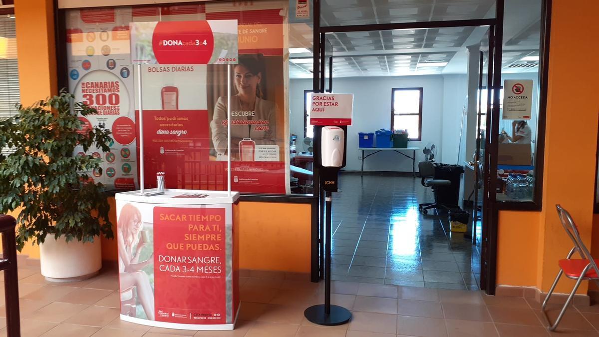 Donation point in the La Zafra shopping center, in Agüimes.