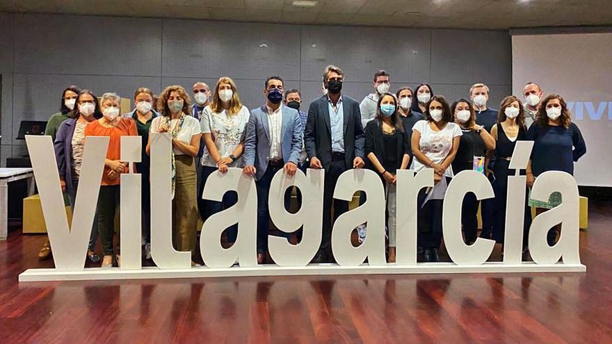 """Carpintería y atención sociosanitaria lideran la inserción de los """"obradoiros"""" de Vilagarcía"""