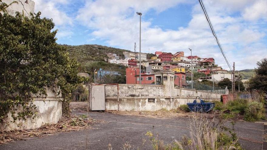 Urbanismo paraliza las obras en los cuarteles de Las Canteras y Las Raíces