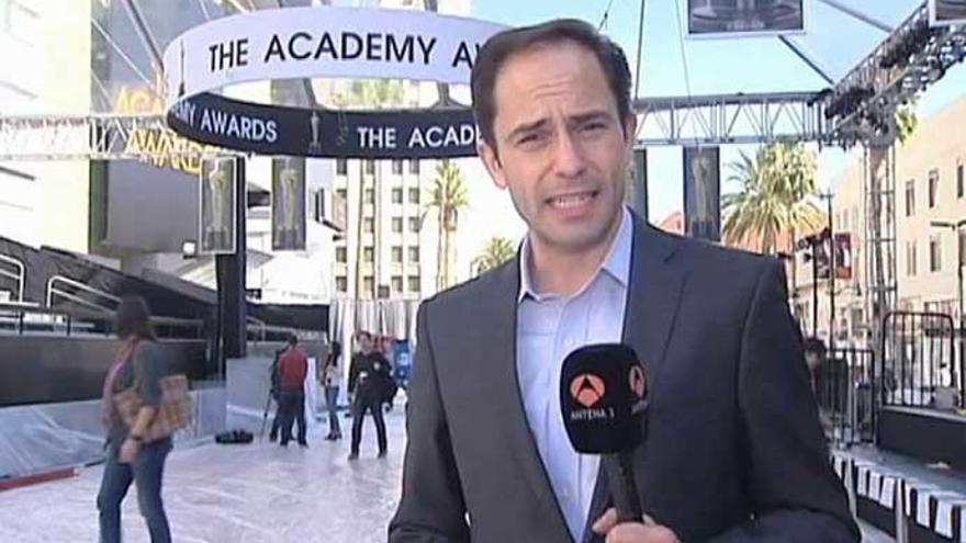El corresponsal de Antena3 en los Oscars 2018 sorprende con su look