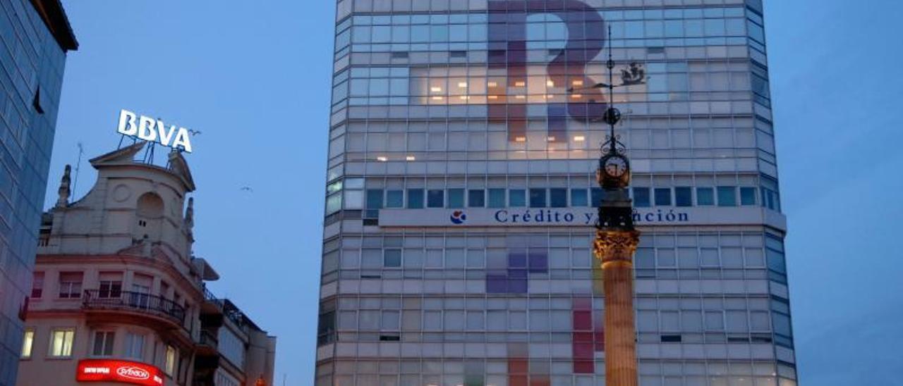 Abanca cierra la historia del capital gallego en telecos con la venta de su 4,5% en Euskaltel