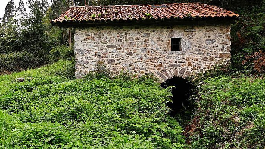 La Mancomunidad activa la restauración del molino de Velasco y de las anclas de Salinas