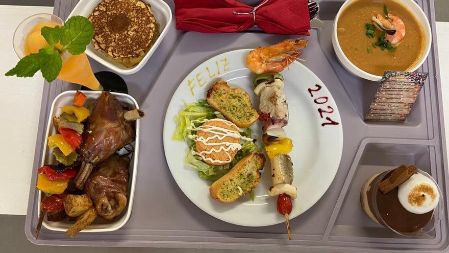 Así ha sido el menú de Nochevieja de los hospitalizados en Canarias