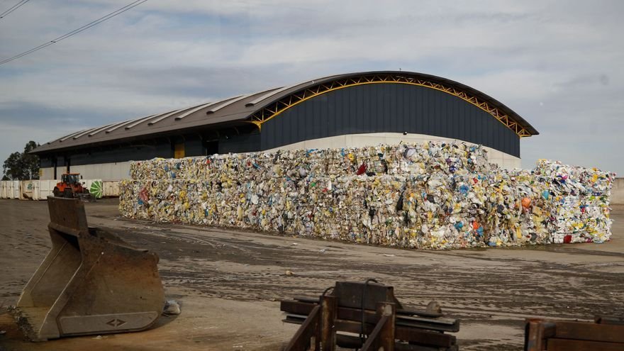 Cogersa ganó el año pasado 758.674 euros y ya recicla el 41% de los residuos