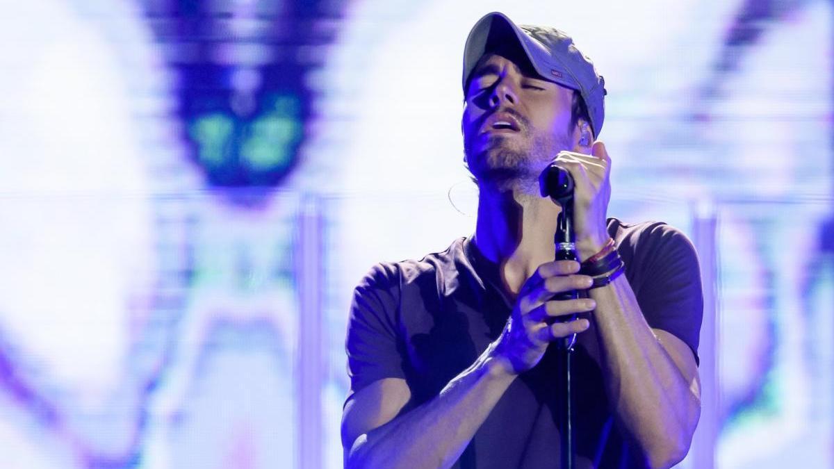 Enrique Iglesias, durante un concierto.