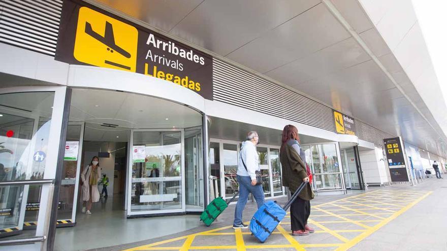 El TSJB respalda el control sanitario de pasajeros que vienen a Ibiza