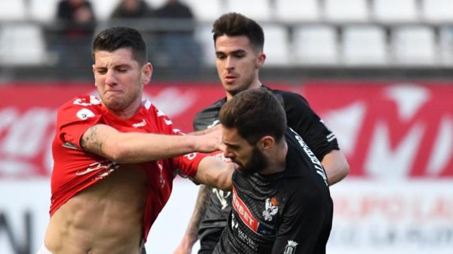 El Real Murcia pierde a Toril y Álvaro Rodríguez por lesión