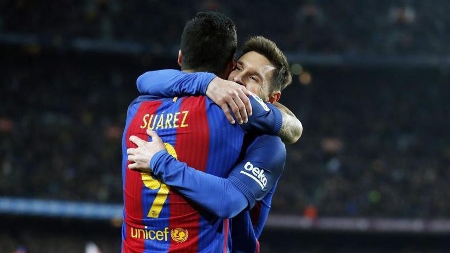 La simfonia de Messi resol el derbi català al Camp Nou