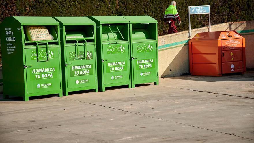 Los contenedores de ropa de Sadeco permiten recuperar más de 52 toneladas de textil usado en Córdoba