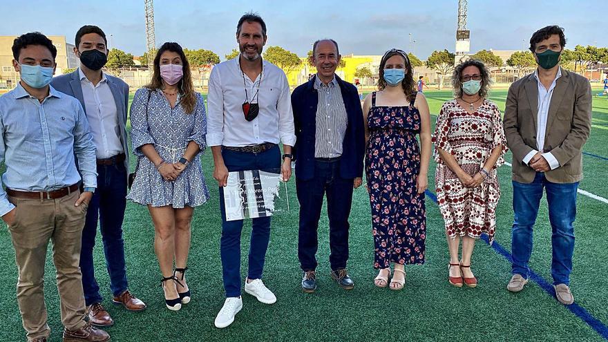Massanassa bautiza su campo de fútbol como Vicente Moreno