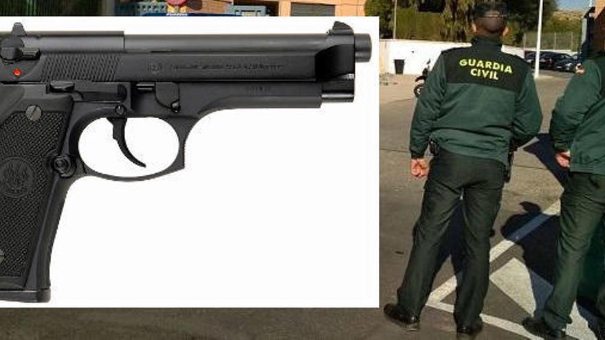 Un adolescent es mata amb la pistola dels seus pares, que són guàrdies civils