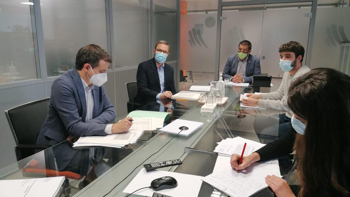 Una parte de la Comisión Técnica de Memoria Democrática, con Jesús Jurado, José Hila,  Llorenç Carrió y Marc Herrera.