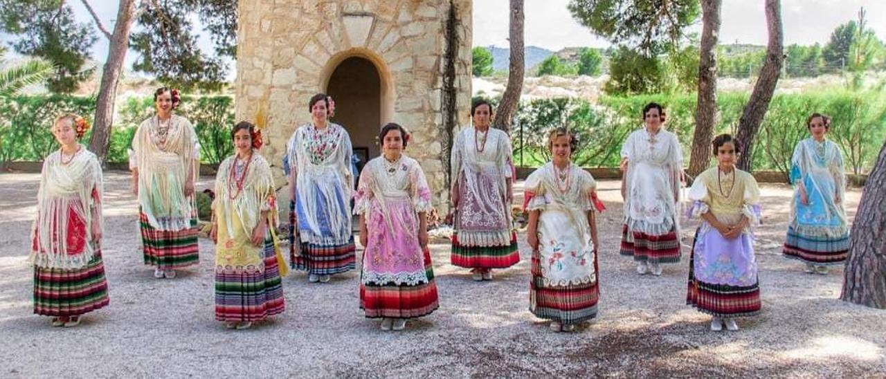 Las candidatas a reina de las Fiestas Patronales de Monóvar.